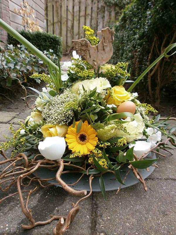 ellen-deelen-natuurlijk-bloem-creaties-paas-biedermeyer