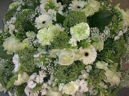 ellen-deelen-natuurlijke-bloem-creaties-graftoef-witte-biedermeier