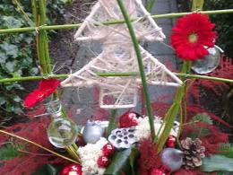 ellen-deelen-natuurlijke-bloem-creaties-workshop-kerst-kerststuk-in-pot