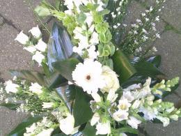 Ellen Deelen natuurlijke bloem-creaties graftoef groen-wit