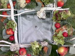 ellen-deelen-natuurlijke-bloem-creaties-workshop-kerst-olielamp-opmaken-b