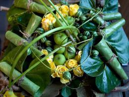 ellen-deelen-natuurlijke-bloem-creaties-moderne-graftoef-met-callas