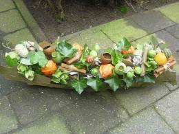 ellen-deelen-natuurlijke-bloem-creaties-herfstboog-op-tempex